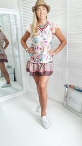 Sukienka yourboutique.pl z krótkim rękawem w stylu casual z dekoltem w kształcie litery v