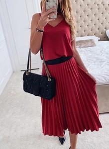 Czerwona sukienka Sandbella midi