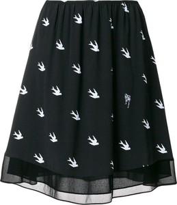 Czarna spódnica Alexander McQueen w rockowym stylu