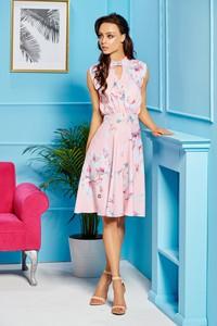 Różowa sukienka TAGLESS midi