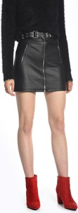 Czarna spódnica Gate mini ze skóry