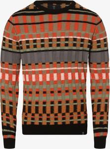 Sweter Nerve z dzianiny w młodzieżowym stylu