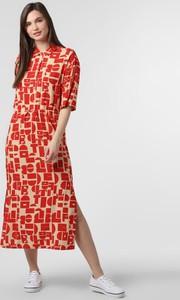 Czerwona sukienka EDITED z kołnierzykiem maxi z długim rękawem