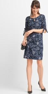 Niebieska sukienka QUIOSQUE mini prosta