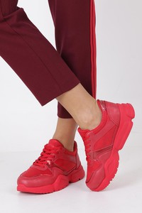 Czerwone buty sportowe Casu