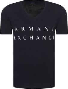 T-shirt Armani Exchange z bawełny w młodzieżowym stylu