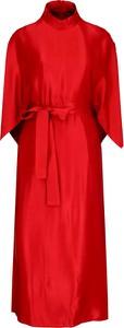 Czerwona sukienka Hugo Boss z długim rękawem