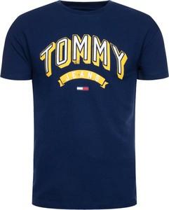 Granatowy t-shirt Tommy Jeans z krótkim rękawem