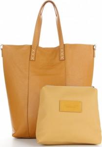 Żółta torebka VITTORIA GOTTI w wakacyjnym stylu duża ze skóry