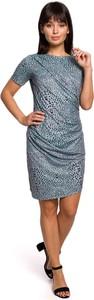 Niebieska sukienka Merg prosta z okrągłym dekoltem z krótkim rękawem