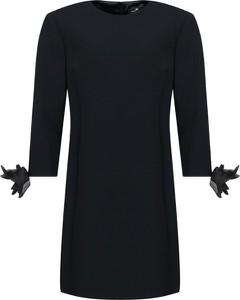 Czarna sukienka Elisabetta Franchi z okrągłym dekoltem z długim rękawem