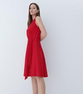Sukienka Mohito midi bez rękawów z dekoltem w kształcie litery v