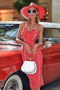 Czerwona sukienka Ivet.pl dopasowana