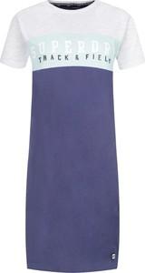 Sukienka Superdry w stylu casual z okrągłym dekoltem