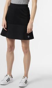 Spódnica Adidas Originals w sportowym stylu