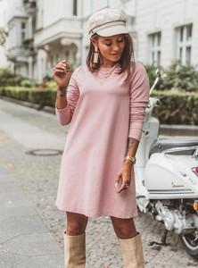 Różowa sukienka SELFIEROOM z długim rękawem z bawełny