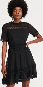 36a758086cb072 Czarna sukienka Reserved z tkaniny