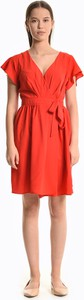 Czerwona sukienka Gate z krótkim rękawem