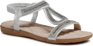 Sandały Clara Barson z płaską podeszwą z klamrami