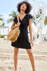 Czarna sukienka ORSAY z krótkim rękawem z tkaniny z dekoltem w kształcie litery v