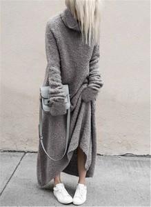 Sukienka Sandbella z długim rękawem maxi oversize