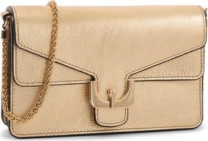 63a50ce86577a Złote torebki i torby małe na ramię Coccinelle