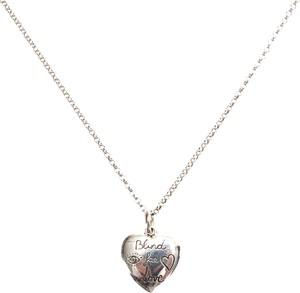 Gucci Srebrny wisiorek serce naszyjnik metal mosiądz