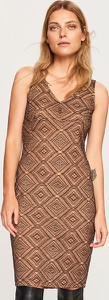 Sukienka Reserved z dzianiny w stylu casual w geometryczne wzory