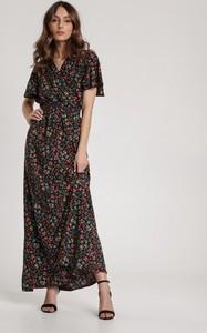 Sukienka Renee maxi w stylu boho z krótkim rękawem
