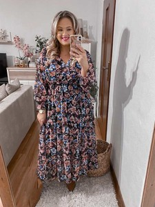 Sukienka Produkt Włoski maxi z dekoltem w kształcie litery v kopertowa