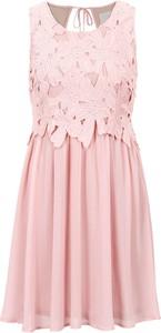 Różowa sukienka bonprix BODYFLIRT boutique rozkloszowana w stylu boho bez rękawów