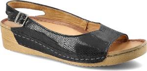 Czarne sandały Maciejka z klamrami w stylu casual ze skóry