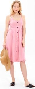 Różowa sukienka Gate z bawełny midi
