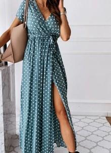 Niebieska sukienka Sandbella kopertowa w stylu casual z dekoltem w kształcie litery v
