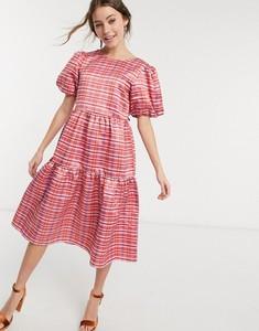 Różowa sukienka Glamorous koszulowa midi z okrągłym dekoltem