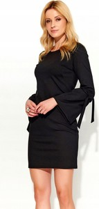 Czarna sukienka Inna dopasowana mini z długim rękawem