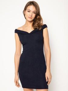 Sukienka Guess dopasowana z krótkim rękawem mini
