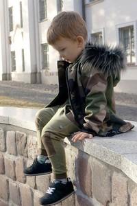 Zielona kurtka dziecięca Bubi Boo z bawełny