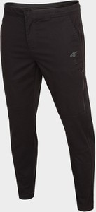 Czarne spodnie sportowe 4F