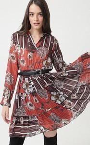 Sukienka born2be rozkloszowana w stylu casual mini