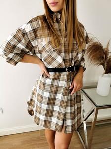 Sukienka Perfe z długim rękawem w stylu casual