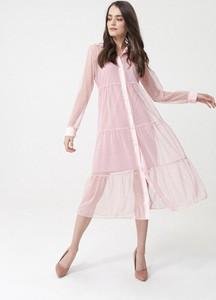 Różowa sukienka born2be koszulowa