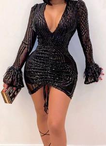 Czarna sukienka Arilook mini z dekoltem w kształcie litery v