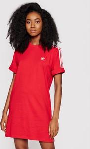 Sukienka Adidas z okrągłym dekoltem w sportowym stylu z krótkim rękawem