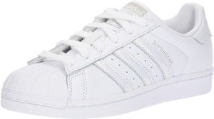 Trampki Adidas Originals w młodzieżowym stylu niskie sznurowane