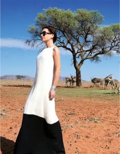 Sukienka Kasia Zapała z krótkim rękawem