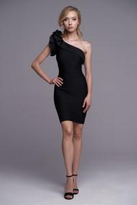 Czarna sukienka Ella Boutique z krótkim rękawem