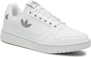 Buty sportowe Adidas ze skóry ekologicznej sznurowane