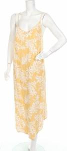 Żółta sukienka Piping Hot prosta z dekoltem w kształcie litery v