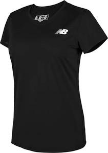 Czarny t-shirt New Balance z krótkim rękawem z okrągłym dekoltem w sportowym stylu